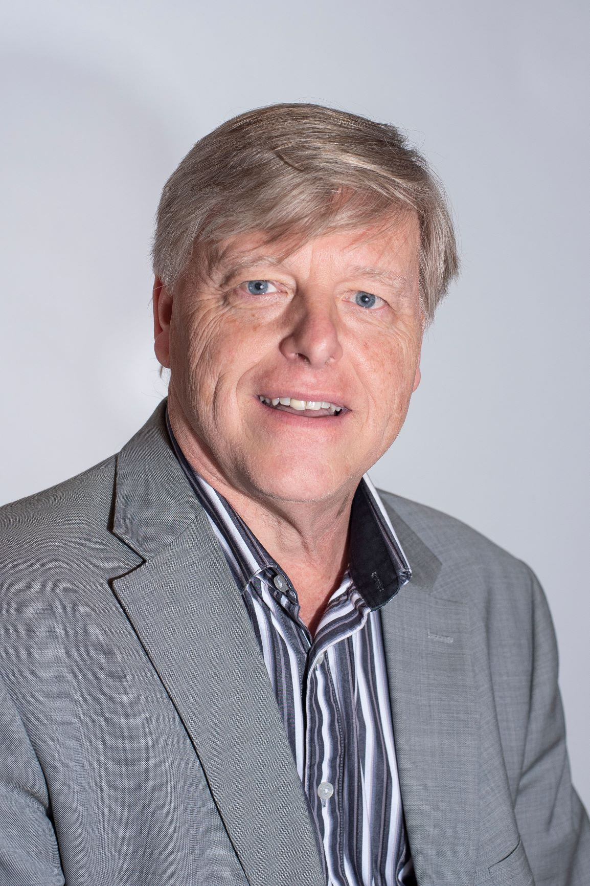 Dennis Kennedy